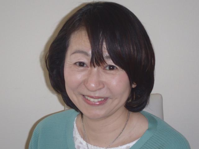岡山市中区 首の痛み、首の緊張 H.Hさん 50代